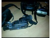 2x vintage camera Rec samsung and cannon
