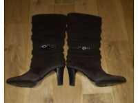 Ladies Size 4 Brown Knee High Boots