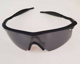 Oakley M frame(like new)