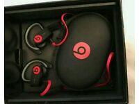 Powerbeats 2 by Dr Dre wireless headphones