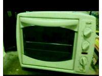 Little oven