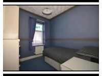 Fully Furnished, big single room! For £375/pcm all