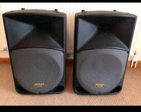 Tapco thump 15 PA speakers