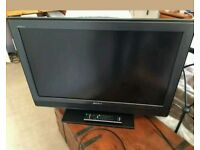 """32""""sony LCD tv HD ready with build in freeview."""