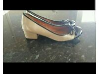 Small heel shoes size 6.5