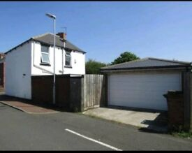Large 3-4 bed Detached Dunston Home with double garage
