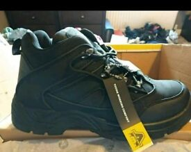 Size 8 new safety boots