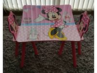 Kids minnie mouse table with 2 chairs