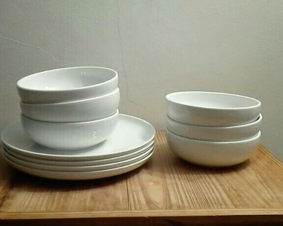 Jamie Oliver Royal Worcester plates and bowls & Jamie Oliver Royal Worcester plates and bowls   in Horley Surrey ...