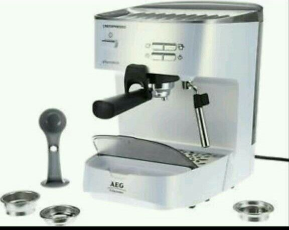 AEG Coffee Machine Cremapresso Ea260u