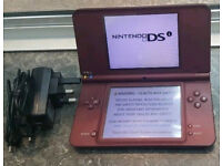 Nintendo DS XL inc charger