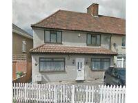 (House swap)4 bedroom house semi-detached!!