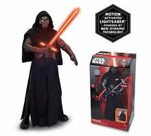 """Kylo Ren 17"""" Animatronic Action Figure Hoppers Crossing Wyndham Area Preview"""
