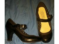 Black dolly shoes size 5