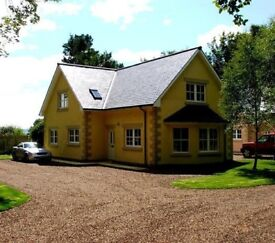 Stunning 4 Bedroom modern detached house in private gardens and ground in central Blairgowrie