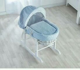 Blue Dimple on white Wicker moses basket & Free little gem Rocking stand white brand new 5 plc