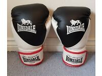 Lonsdale L/XL Boxing Gloves