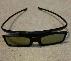 2 pairs of Samsung 3D glasses