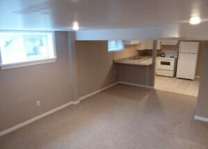 SEPARATE ENTRANCE, ONE BED, KITCHEN, PRIVATE WASHER/DRYER