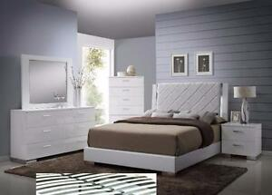 6 PC QUEEN SIZE HI-GLOSS WHITE BEDROOM SET $1898
