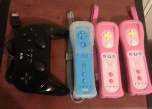 Wii games and Wii Motes & Wii Classic Controller Pro for sale Edmonton Edmonton Area image 2