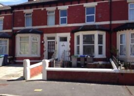 Four/five bedrooms North Shore, Blackpool
