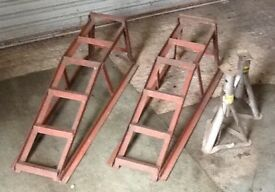 Set of CAR RAMPS and AXLE stands