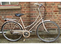 Ladies Vintage dutch bike RALEIGH Caprice - 3 speed , frame size 20 ready to go - Welcome