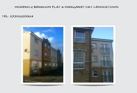 Modern 2 bedroom flat ensuite, Living room kitchen, 2 bathrooms bath + showers, Off street parking