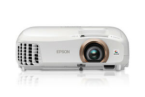 Epson 2045 Home Cinema ProjectorWireless 3D 1080p 3LCD Projector