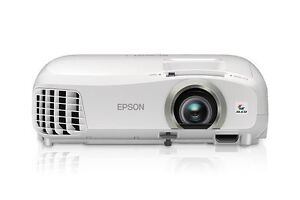 *Perfect Condition* Epson 2040 3D 1080p 3LCD Projector