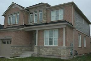 4 Bedroom house for rent in Niagara Fall desirable community