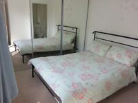 Double bedroom with en-suite showeroom. In a three bedroom house ,in Garthdee 5min walking from RGU