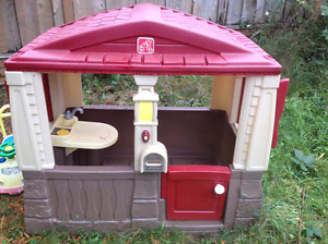 Playhouse indoor or outdoor