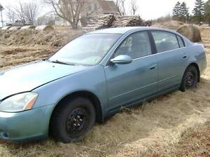 2002 Nissan Altima 2.5S  4dr 5 speed For Parts $350