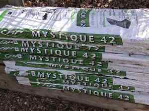 5 1/2 bundles of BP mystique 42 sunset cedar shingles. ( NEW )