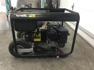 Home Generator Gas 4,300W 519 239 7642 Great Shape!