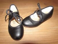 Girls black tap shoes size 11 1/2