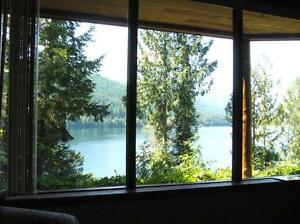 Sproat Lakefront 1br 1ba Furnished Suite Avail now till May 30