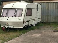 Lovely looked after 2 birth caravan for sale