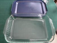 Casserole Dish with Carrying Case