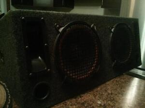 "2 10"" subs in enclosed box and two tweeters Gatineau Ottawa / Gatineau Area image 3"
