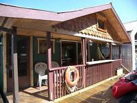 Float Home - Genoa Bay - Duncan, BC