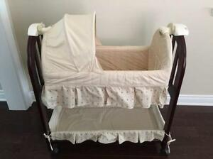 Eddie Bauer Bassinet Kijiji Free Classifieds In Ontario