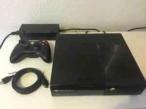 500GB XBOX 360 E INCLUDES CONTROLLER AND 9 DOWNLOADED GAMES