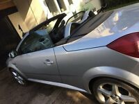 convertable vaxhall tigra silver sport 1,4