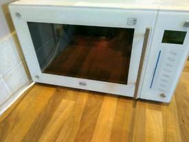 Swan Grill/ combi microwave SM21010W White /Cream
