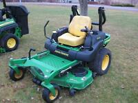 2005 John Deere 737 Lawnmower