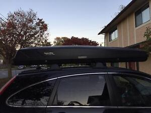 Locking Thule rooftop carrier- Large