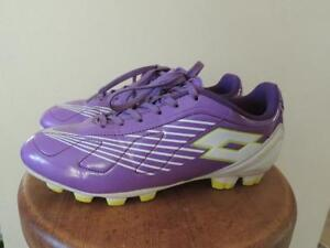 Girls size 2 Lotto soccer shoes, worn 1 day